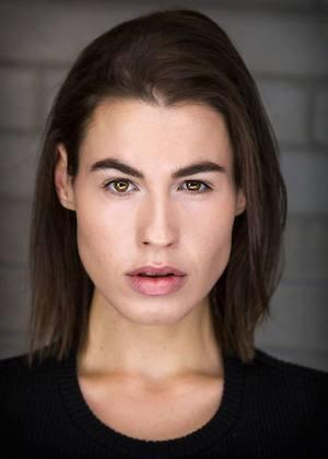 Charlotte Otton headshot